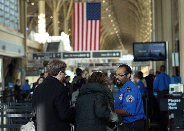 المطارات قد تستخدم خاصية التعرف على الوجه لفحص المواطنين الأمريكيين (التحديث: مزيد من المعلومات)