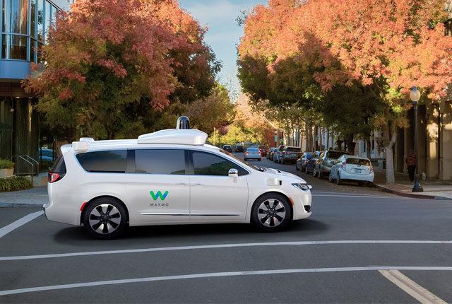 شركة ليفت ووايمو تعملان معًا لتطوير سيارات ذاتية القيادة